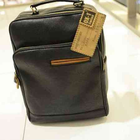2019 casual backpack men's Korean version of the trend of leather backpack men's fashion student bag travel bag computer men's bag