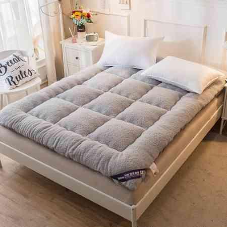 Thickened warm lambskin mattress double tatami mattress student dormitory mat is non-slip collapsible mat